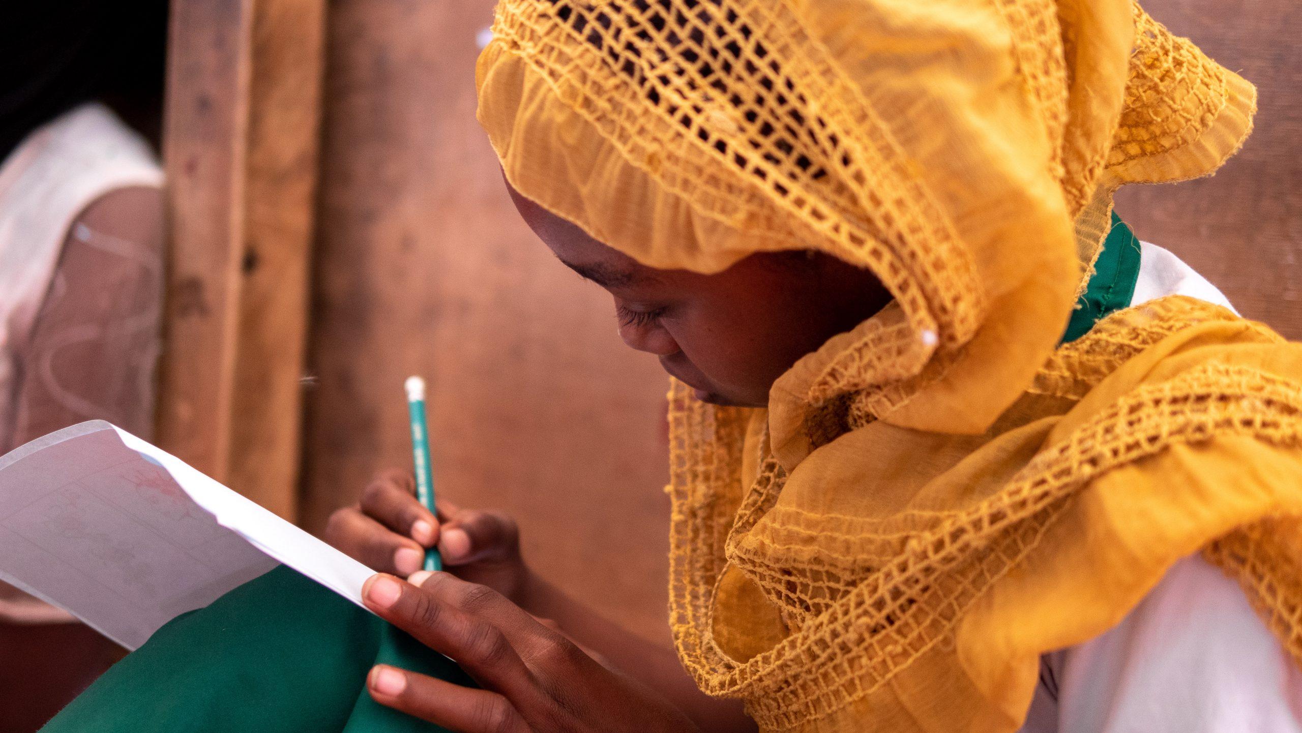 Afaf y el huevo dorado, un cuento escrito con el coraje de las niñas
